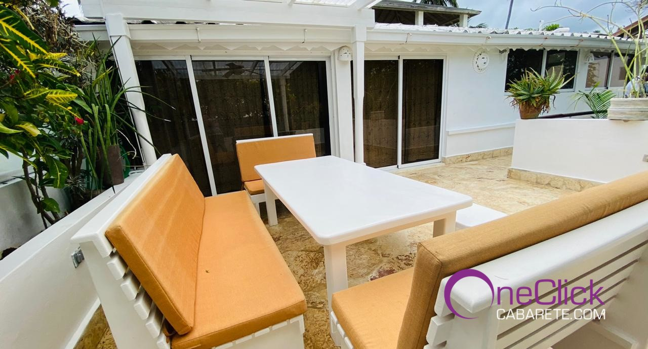 Charming 2-bedroom Apartment in Cabarete Bay For Rent
