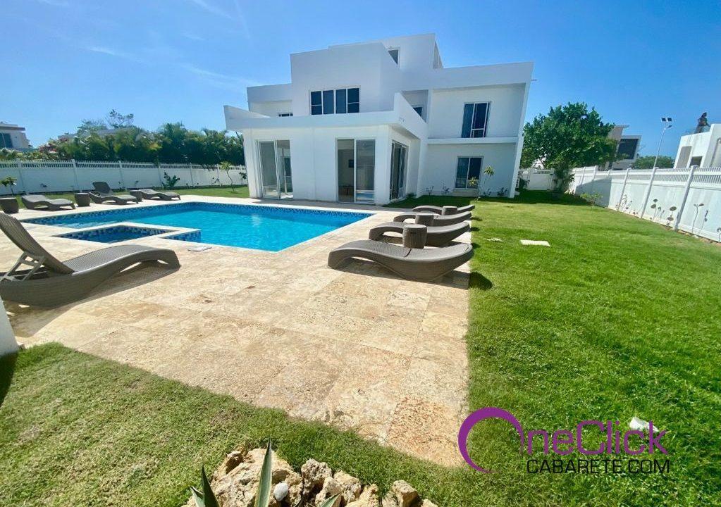 40 turnkey villa