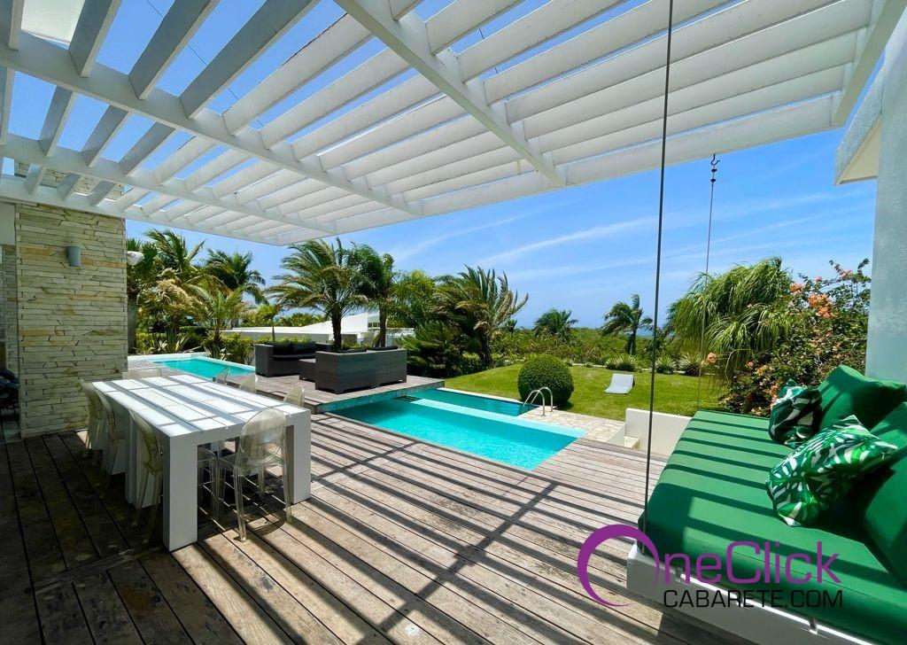 Sophisticated 3-bedroom Villa in Sosúa For Sale